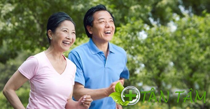 Giải đáp: Trung niên là bao nhiêu tuổi? 4 lưu ý hàng đầu về sức khỏe ở tuổi trung niên