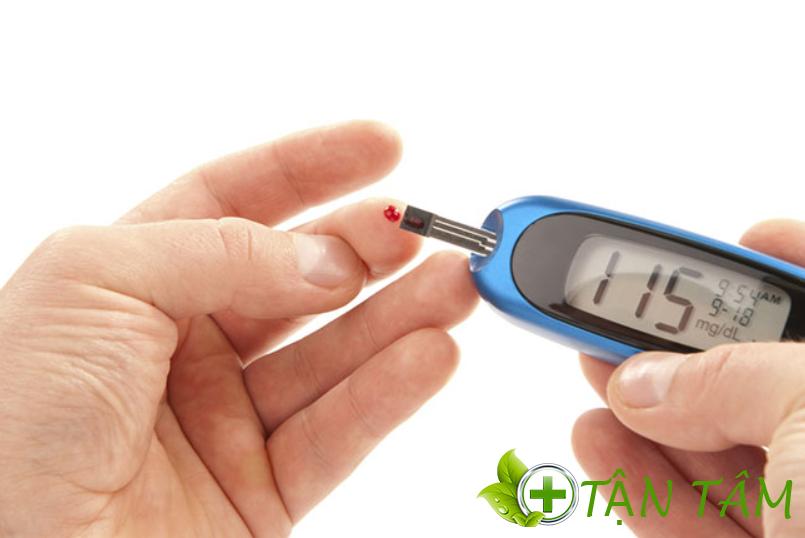 Máy đo đường huyết tại nhà