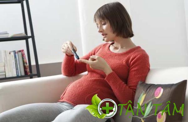 Chỉ số đường huyết bình thường của thai phụ là bao nhiêu? theo dõi bằng cách nào?
