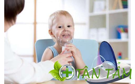 Nên sử dụng máy xông mũi họng cho bé để tăng hiệu quả điều trị bệnh