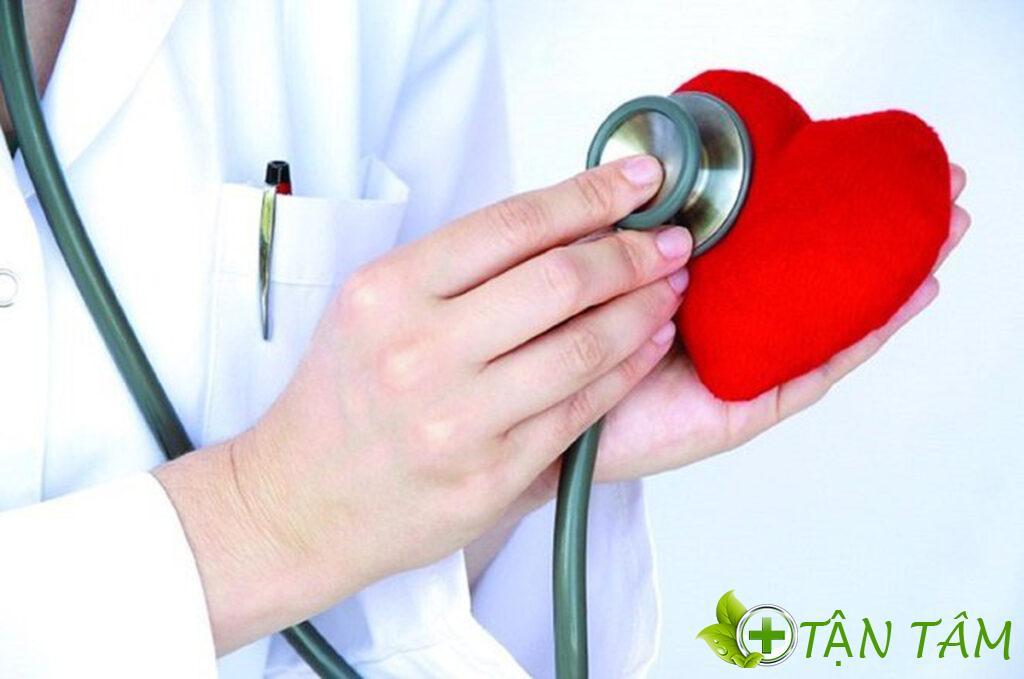 Đo huyết áp thường xuyên giúp bạn kiểm soát và phòng ngừa biến chứng hiệu quả
