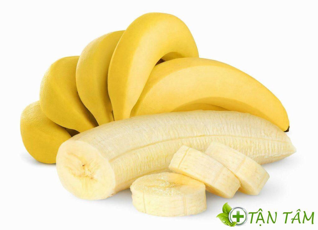 Phụ nữ dư ối nên ăn chuối để bổ sung vitamin