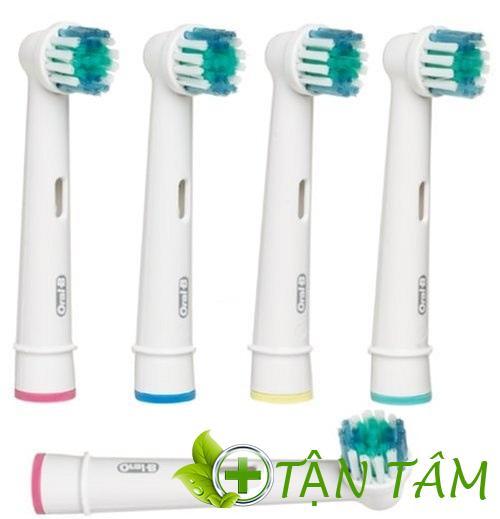 Hệ thống đầu cọ bàn chải điện dễ dàng làm sạch vết ố vàng răng